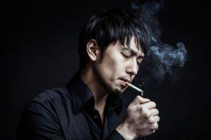 カフェでたばこ